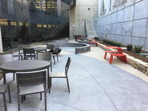 Katherines-Courtyard 3